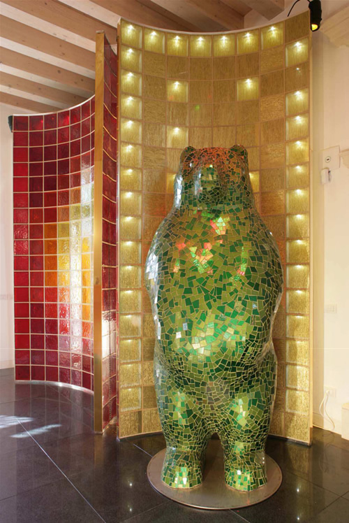 trend mosaic glass bear