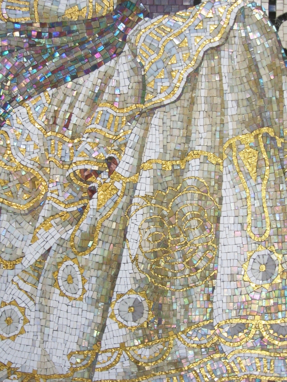 Esther's Offering - mosaic detail 4 - Lilian Broca