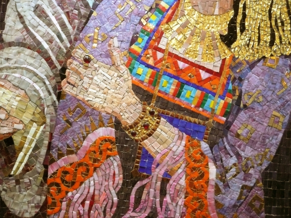 Queen Esther with Mordechai - mosaic detail 4 - Lilian Broca